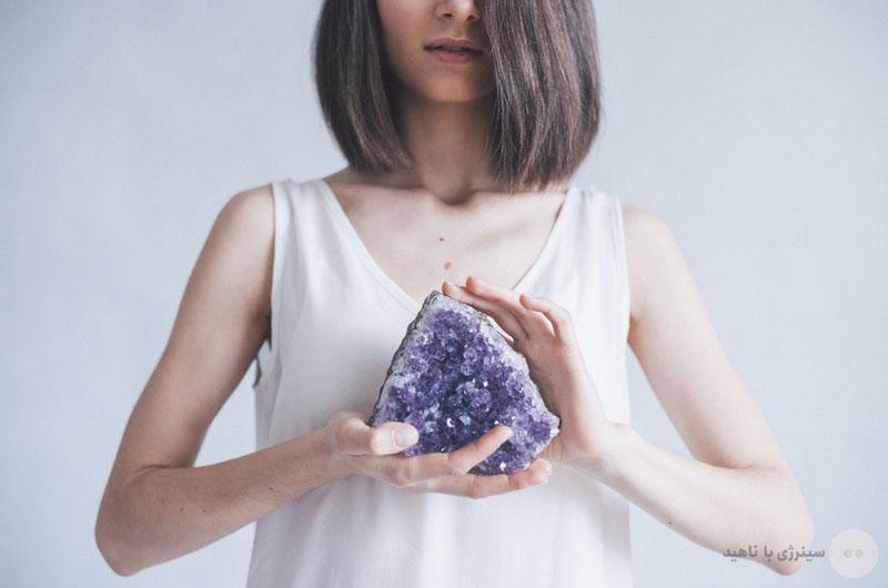 آموزش اصول مراقبه با سنگ